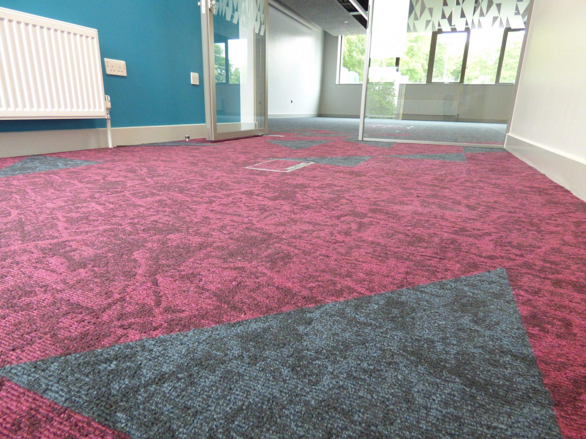BRI CAHR Carpet Tiles (75)